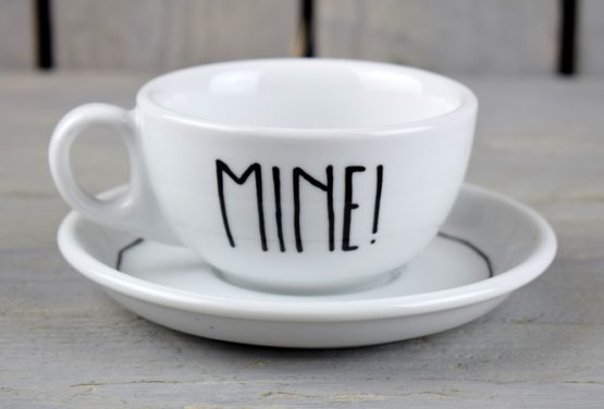 hand-painted-white-tea-coffee-cup-saucer-mine