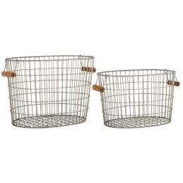 oval-wire-baskets-set-of-2-with-wooden-handles-danish-design-by-ib-laursen