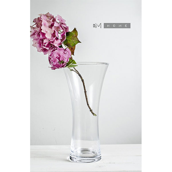 Hand Finished Classic Clear Medium Flower Glass Vase Centrepiece