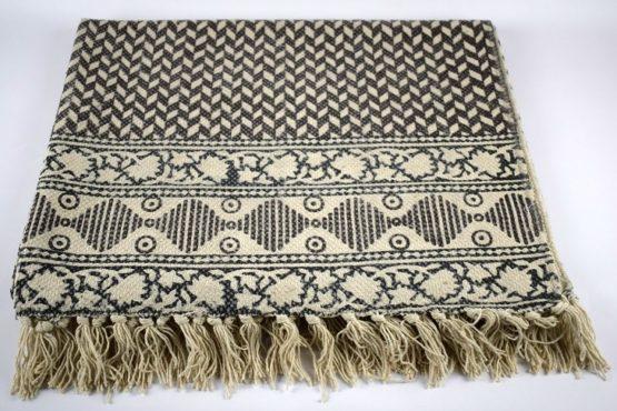 black-white-flatweave-cotton-geometric-pattern-rug-90x150-cm