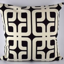 large-black-white-danish-design-geometric-pattern-cushion-cover-50-x-50-cm