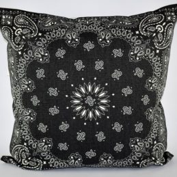 dark-grey-danish-design-cushion-cover-with-white-printed-pattern-50-x-50-cm