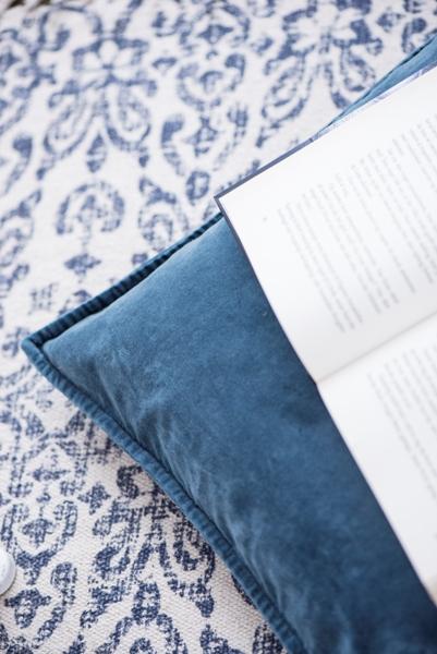 White & Blue Flatweave Cotton Rug by Ib Laursen 60x180 cm