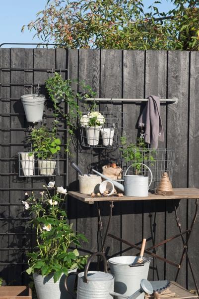 eM_Home-metal-hanging-basket-garden-homeware-ib_Laursen-5785-18_trend_1