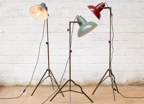 oboro-floor-film-light-lamp-antique-red-black-height-150-cm-nkuku