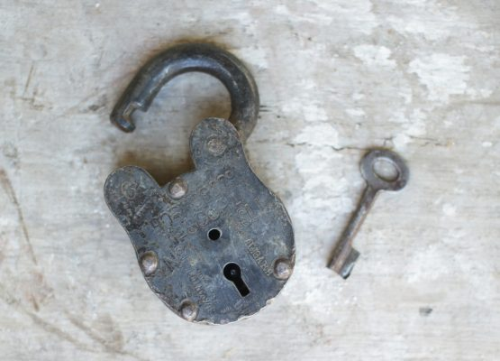 decorative-reclaimed-traditional-padlock-with-key-by-nkuku