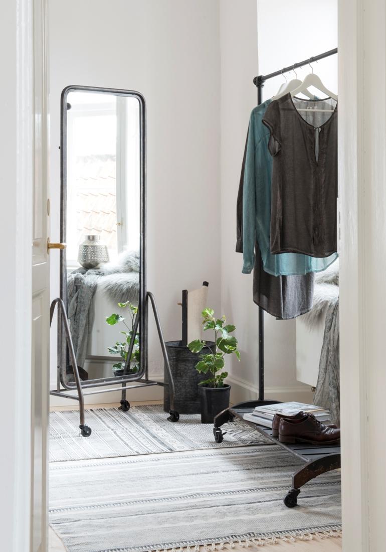 Tall Standing Mirrors. DIY Floor Mirror Tall Standing Mirrors L ...