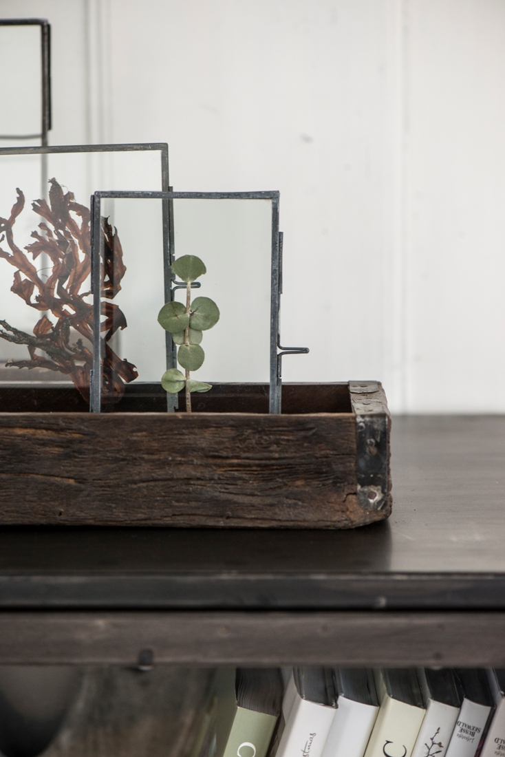 Recycled wood single storage box with brackets by ib laursen for Recycled home decorations