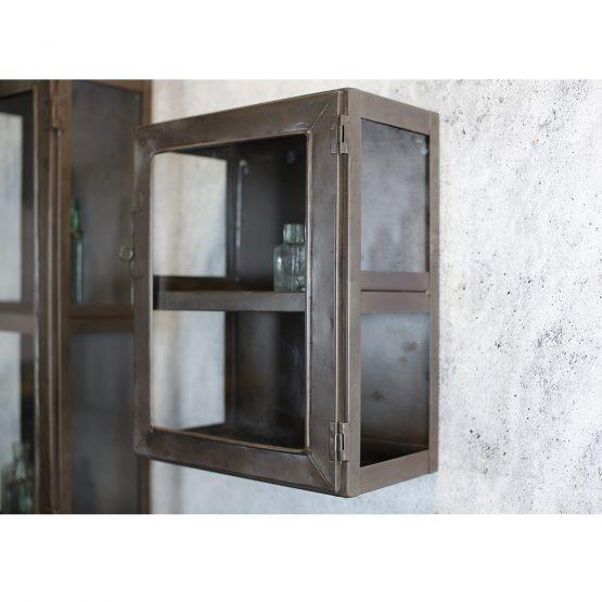 em_home-nkuku-rustic-display-cabinet-glass-door-hanging-home-decor-KC01 – 3