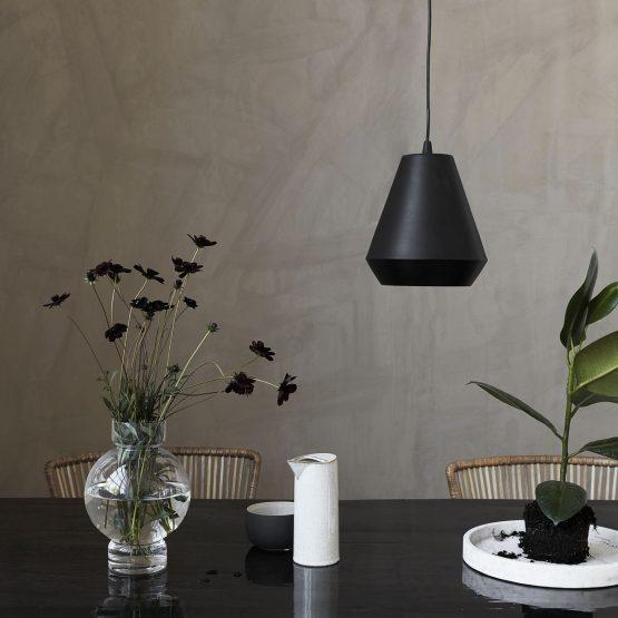em_home-house-doctor-black-hood-pendant-ceiling-light-lamp-home-decor-cb0990_df_v1 (1)