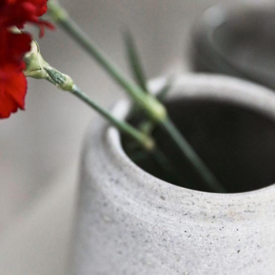 em_home-house_doctor-home-decor-flower-planter-pot-grey-da1020_df