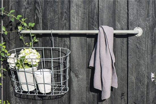 industrial-grey-wall-mount-coat-towel-rack-pipe-ib-laursen-74-5-cm