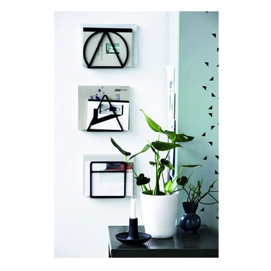 scandinavian-nordic-style-black-magazine-holder-circle-by-house-doctor
