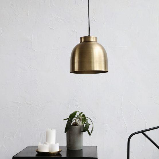 bowl-pendant-light-brass-o22x20-cm-house-doctor