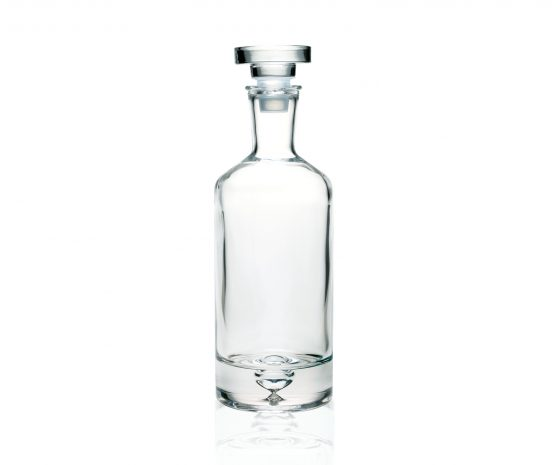 clear-glass-decanter-carafe-for-whiskey-cognac-liquor-or-wine-0-7-l