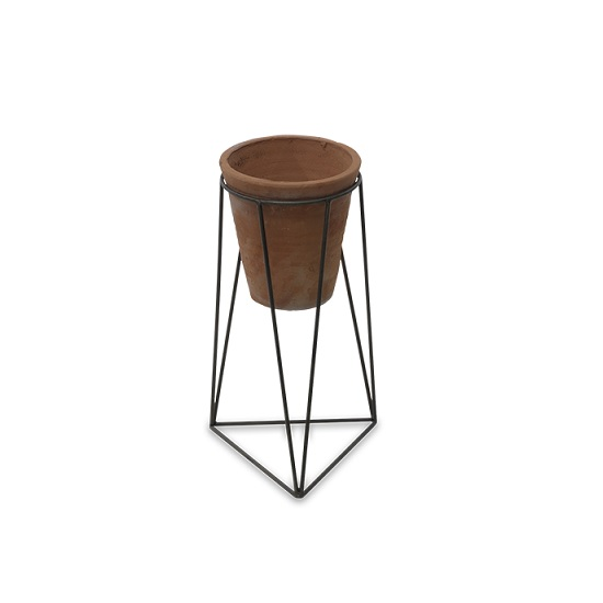 geometric-design-jara-terracotta-planter-with-stand-by-nkuku