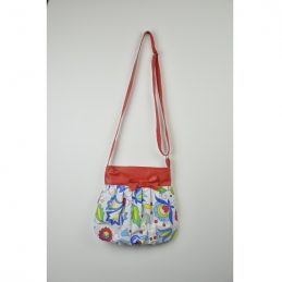 small-hand-made-shoulder-bag-red-with-flowers