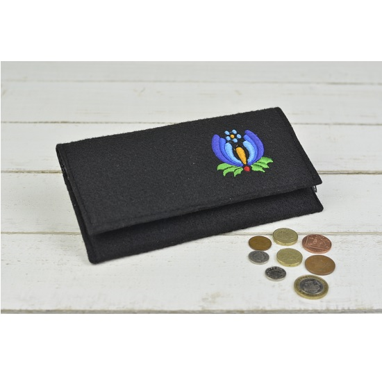 hand-made-women-wool-felt-purse-wallet-black