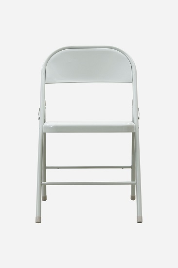 folding-chair-light-grey-from-house-doctor