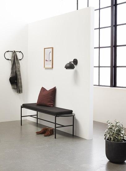 black-wall-light-lamp-metal-danish-design-by-hubsch