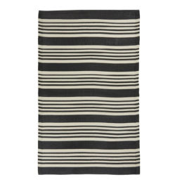 black-white-rug-striped-recycled-plastic-by-ib-laursen-180x120-cm-outdoor-area-rug