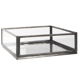 glass-open-box-with-bottom-pattern-by-ib-laursen