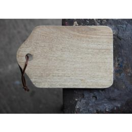 abeba-small-mango-wood-chopping-board-by-nkuku