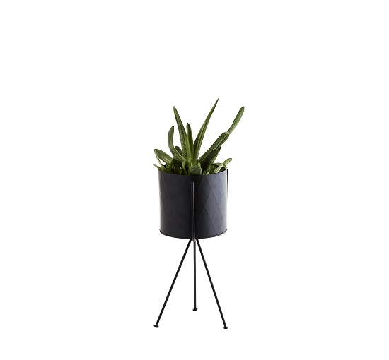 black-iron-flower-pot-stand-height-33-5-cm-by-madam-stoltz