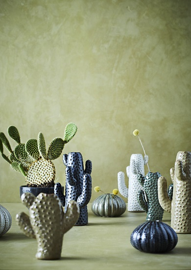 white-and-beige-stoneware-cactus-vase-by-madam-stoltz