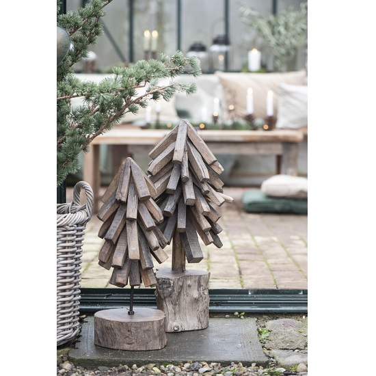 unique-wood-christmas-tree-standing-by-ib-laursen