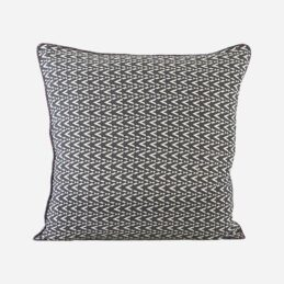 dotzag-black-white-cushion-cover-50x50-cm-by-house-doctor