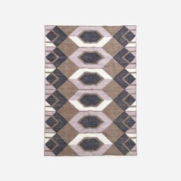 large-rug-with-an-artistic-pattern-230x160-cm-by-house-doctor