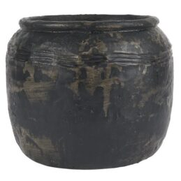 handmade-cement-flower-pot-caesar-black-medium-by-ib-laursen