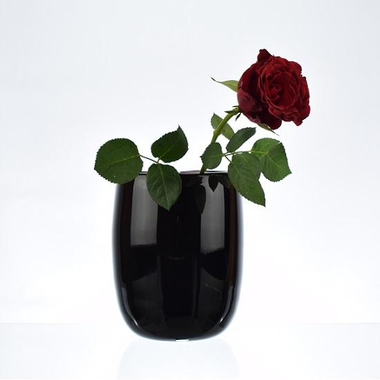 handmade-mouth-blown-black-glass-vase-for-flowers-15-5-cm