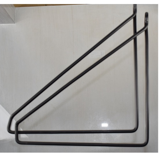 set-of-2-black-iron-shelf-brackets-supports-by-house-doctor-not-perfect
